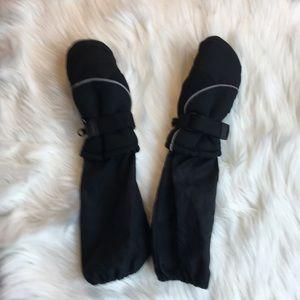 Kids insulated black mittens